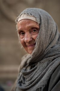 widows-mite-old-woman-949907-wallpaper