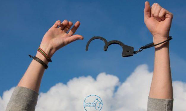 Sloboda jednania a demokracia